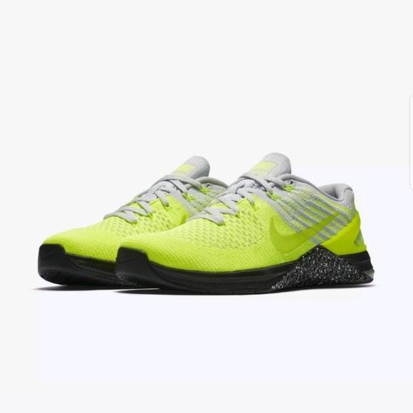 b7a7795d113d Nike Metcon DSX Flyknit Trainer Gym Shoes Volt